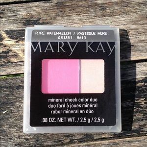 New Mary Kay Ripe watermelon Mineral Cheek color